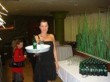 Výstava vintage oděvů s občerstvením od Kofoly (17)