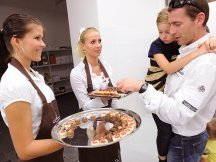 MON CHOCOLATIER – luxury pralines and sweet delicacies (1)