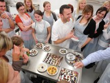 New Mon Chocolatier pralines designers (2)