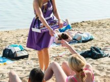 Milka softies beach promotion (1)