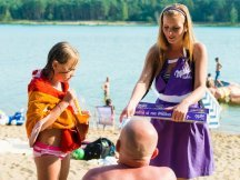 Milka softies beach promotion (3)
