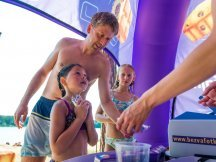 Milka softies beach promotion (57)