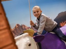 The Fall Shop-in-Shop with the Milka cow (3)