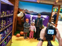 The Fall Shop-in-Shop with the Milka cow (16)