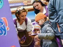 The Fall Shop-in-Shop with the Milka cow (19)