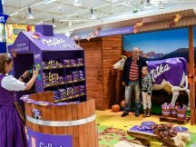 The Fall Shop-in-Shop with the Milka cow (25)