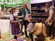The Fall Shop-in-Shop with the Milka cow (31)