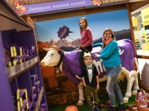 The Fall Shop-in-Shop with the Milka cow (36)