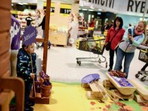 The Fall Shop-in-Shop with the Milka cow (37)