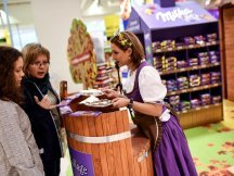 The Fall Shop-in-Shop with the Milka cow (38)
