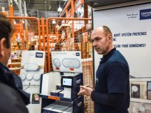 Grohe – professional presentation in hobby markets (2)