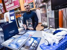 Grohe – professional presentation in hobby markets (1)