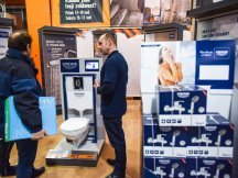 Grohe – professional presentation in hobby markets (14)