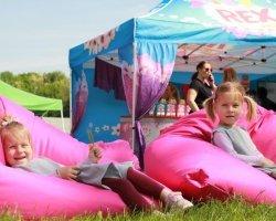 Rexík Zóna na rodinných festivalech