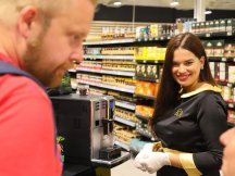 The coffee experience returns to hypermarkets (4)