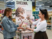 Tasty promo for feline Shelma! (3)