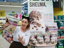 Tasty promo for feline Shelma! (5)